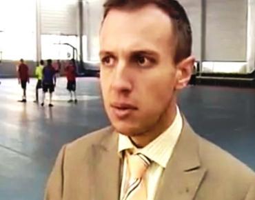 """19 ноември, 2011 година, ББТ: Подготовката на """"Отбор на надеждата"""" за световното по футбол за бездомни хора и интервю с Виктор Кирков"""