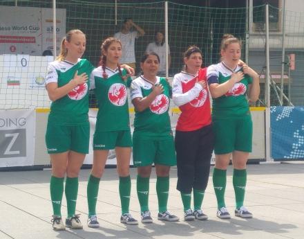 България спечели 4 точки в първия ден на Европейски стрийт футбол фестивал 2018