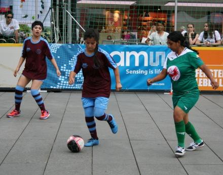 България се класира на полуфинал на Европейски стрийт футбол фестивал 2018