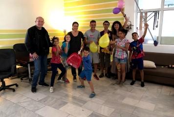 """Песни и танци на дипломирането на възпитаниците на """"Център на надеждата"""""""