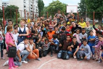 """Децата от """"Столипиново"""" се включиха в инициатива на """"Спортс Мениджмънт България"""" и """"BG Бъди активен"""""""