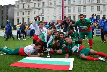 """България спечели """"Мъжката купа"""" на световното за бездомни хора"""